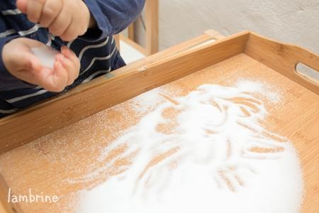 montessori soolakandik tähtede kirjutamise harjutamine