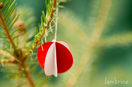 aef969b8233 Tee ise: paberkuulid jõulukuusele | lambrine
